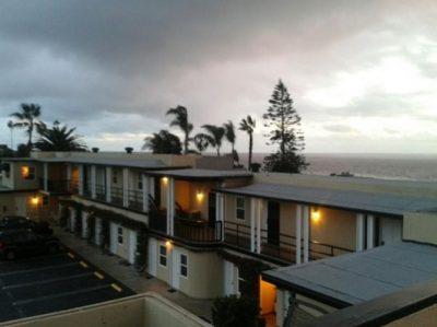 Seaside Laguna Inn & Suites
